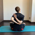 【肩甲骨ストレッチ】誰でも簡単に肩甲骨を動かす方法