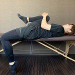 ぎっくり腰の対処法と寝ながらできる腰痛予防ストレッチ